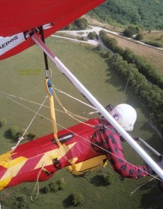 In-flight hang glider photo