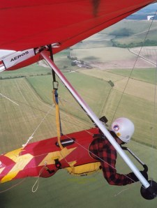Hang glider in-flight photo