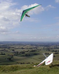 Hang gliding in north Dorset in 2006