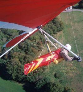 Hang glider in-flight photo