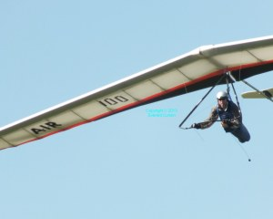 Photo of a hang glider