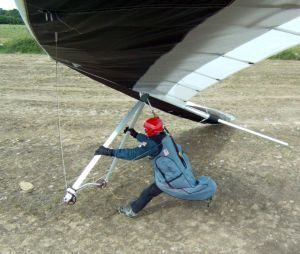 Bad landing in a hang glider