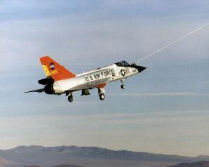 F-106 under aero-tow