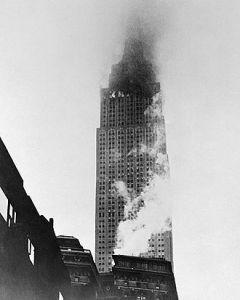 B-25 Empire State Building crash (Wikipedia photo)