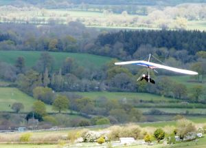 Adam flying a Wills Wing 160 U-2