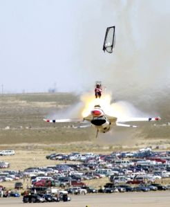 2003 Thunderbirds Falcon crash. Wikipedia image.