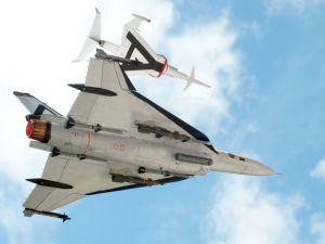 1/48 scale F-16XL