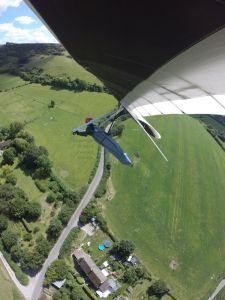 Hang glider hunting for a thermal