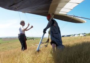 Ground handling a hang glider