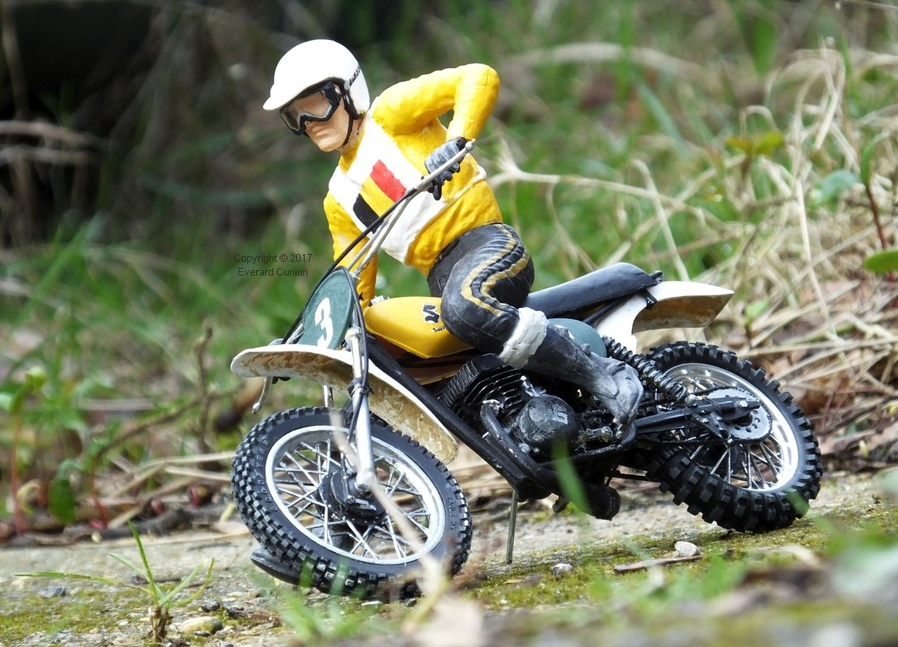 motocross in miniature everard cunion 39 s articles and images. Black Bedroom Furniture Sets. Home Design Ideas