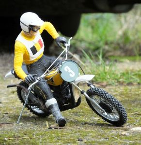 Twelfth scale Suzuki motocross bike and rider