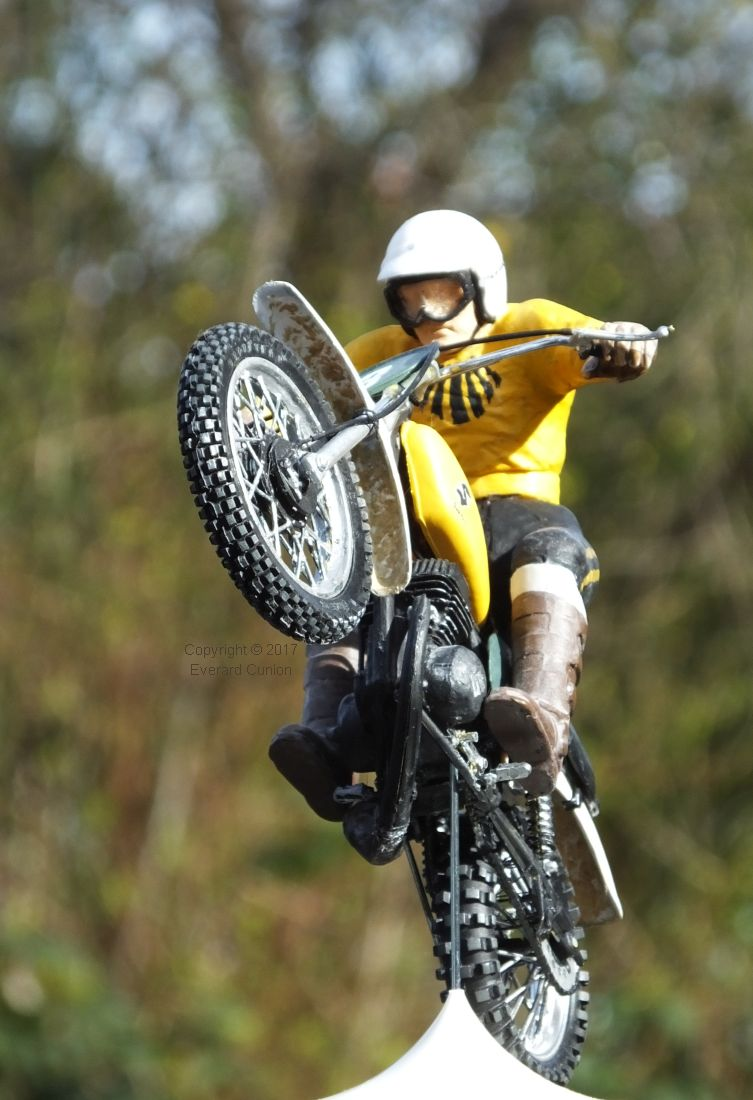 Motocross In Miniature Brave Guys And Beautiful Dolls