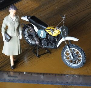 Twelfth scale Suzuki motocross bike and vintage lady