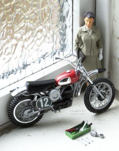 Revell 1/12th scale Husqvarna motocross bike with figurine