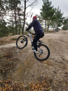 Mountain bike climb in low gear in 2018
