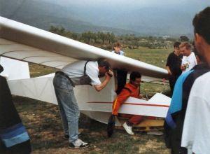 Rigid hang glider after landing at Ager in September 1989