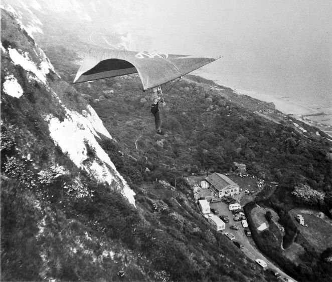 Hang gliding 1974 | Everard Cunion's Articles and Images