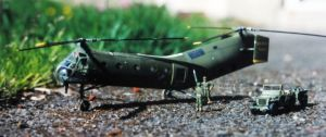 1/72 scale Piasecki H-21 by Everard Cunion in 1998