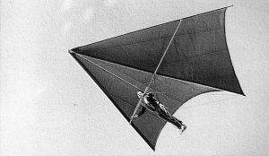 Art based on a photo from Hang Gliding magazine archives of a Velderrain standard Rogallo flown prone
