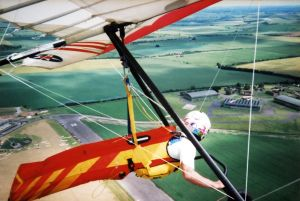 Hang glider climbing by circling in a thermal in the UP TRX 160 over Wroughton on June 21st, 1998