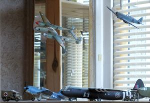 RS Models 1/72nd scale Lockheed F5A Lightning displayed with other models