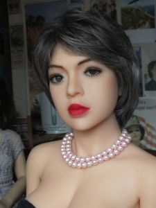 Sara YL doll portrait