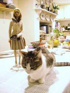 Cat and Sindy at my weekday accommodation, November 2005