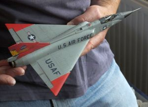 Finished model QF-106