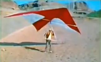 Francis Rogallo about to launch under instruction from Pete Brock of Ultralight Products in about 1973