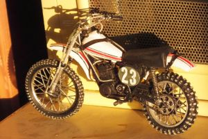 Revell 12th scale Yamaha 250 MX bike left side