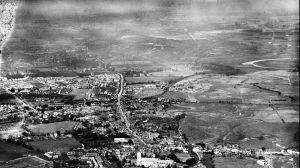 Areial view looking north to St. Catherine's Hill in 1932
