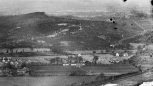 Aerial view of St. Catherine's Hill, Christchurch, Hampshire, from the south-east in 1932