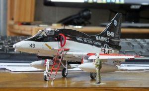 Hasegawa Douglas A4-4M Skyhawk with boarding ladder