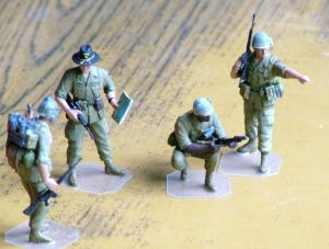 Dragon 1/32nd scale figures of US Army soldiers in Vietnam